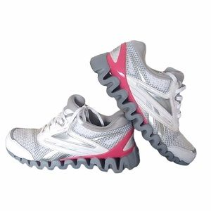 Reebox Zig Breast Cancer Awareness Runners Size 6 Sneakers